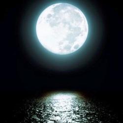 Светлая Луна